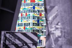 Architektur Medienhafen Düsseldorf (Tafule79) Tags: blickwinkel farbig leuchtend farben grau spiegelung blau blick architekt architektur düsseldorf medienhafen