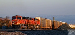 2014-09-21 San Bernardino CA BNSF7761 ES44DC (maximaguy97) Tags: locomotive ge generalelectric gevo es44dc bnsf bnsf7761 sanbernardino california cajon cajonpass sunset derail