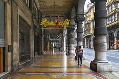 DSC_6158 (littleirons) Tags: street locali bar caffè insegna portici genova