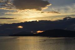 Céu em chamas (Sky on fire) (Márcio100) Tags: são francisco do sul sc natureza litoral santa catarina brasil marcio100 márcio alves mar sea ocean atlântico céu em chamas sky fire dourado