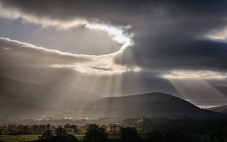 Crepuscular over Latrigg  For details of our workshops visit www.lakelandphotohols.com