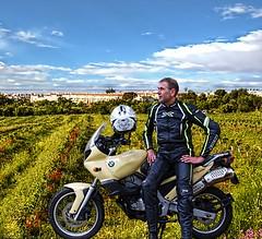 Excursion (driver Photographer) Tags: 摩托车,皮革,川崎,雅马哈,杜卡迪,本田,艾普瑞利亚,铃木, オートバイ、革、川崎、ヤマハ、ドゥカティ、ホンダ、アプリリア、スズキ、 aprilia cagiva honda kawasaki husqvarna ktm simson suzuki yamaha ducati daytona buell motoguzzi triumph bmv driver motorcycle leathers dainese