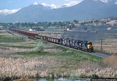 Martin Turn on the Move (jamesbelmont) Tags: locomotive utah provo ironton springville coal swamp alco rsd15 rsd12 hoppers
