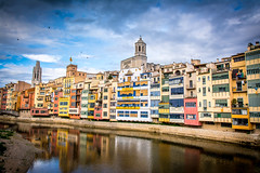Girona Cases del riu (Toni Villarreal) Tags: ciudades girona maika marcos roca familia