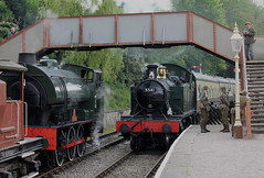 """W.D. 132 """"SAPPER"""" & 5541 AT PARKEND (OLD GIT WITH A CAMERA) Tags: wd 132 sapper dean forest railway wartime gala 5541 praire"""