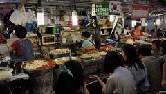 IMG_6784_RAW (jeremy!) Tags: seoul korea southkorea dongdaemun canoneosrebelt1i canon1740mm dongdaemunnightmarket