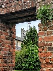 Waltham Abbey Church. (paulpenrose) Tags: walthamabbey
