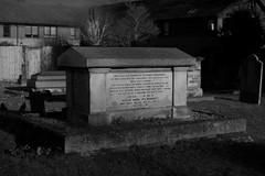 _IAW9333 (IanAWood) Tags: lbofbrent london londoncemeteries nikkorafs58mmf14g nikondf walkingwithmynikon willesden willesdennewcemetery