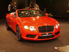Bentley Continental GTC V8 (boti_marton) Tags: bentley continental gtc v8 luxury convertible car sportcar britishcar autosalon viennaautoshow vienna wien austria österreich europa ausztria city cityscape