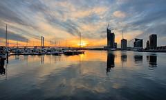 MELBOURNE SUNSET 18.05.2017 (16th man) Tags: melbourne vic victoria boltebridge docklands sunset canon eos eos5dmkiv river yarrariver