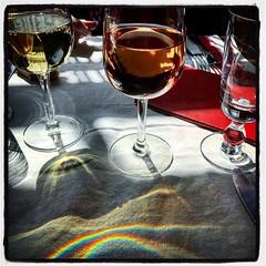 Rosé et blanc (edwham) Tags: impressionist painter artist france french blanc rosé vin wine reflection light lumiere vangogh restaurant food drink shadows