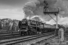 Black & white dragon (Tony Teague (Slowcomo)) Tags: thereddragon canonef70200mmf28lisiiusmlens canoneos5dmkiii gcr greatcentralrailway leicestershire no92220eveningstar92214 swithlandsidings timelineeventscharter heritagerailway preservedrailway steamrailway steamlocomotive tonyteague