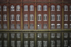Norwich Technical Institute [126/365 2017] (steven.kemp) Tags: norwich technical institute art college river wensum building architecture reflection window