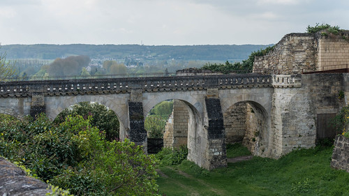Chateau de Chinon-4.jpg