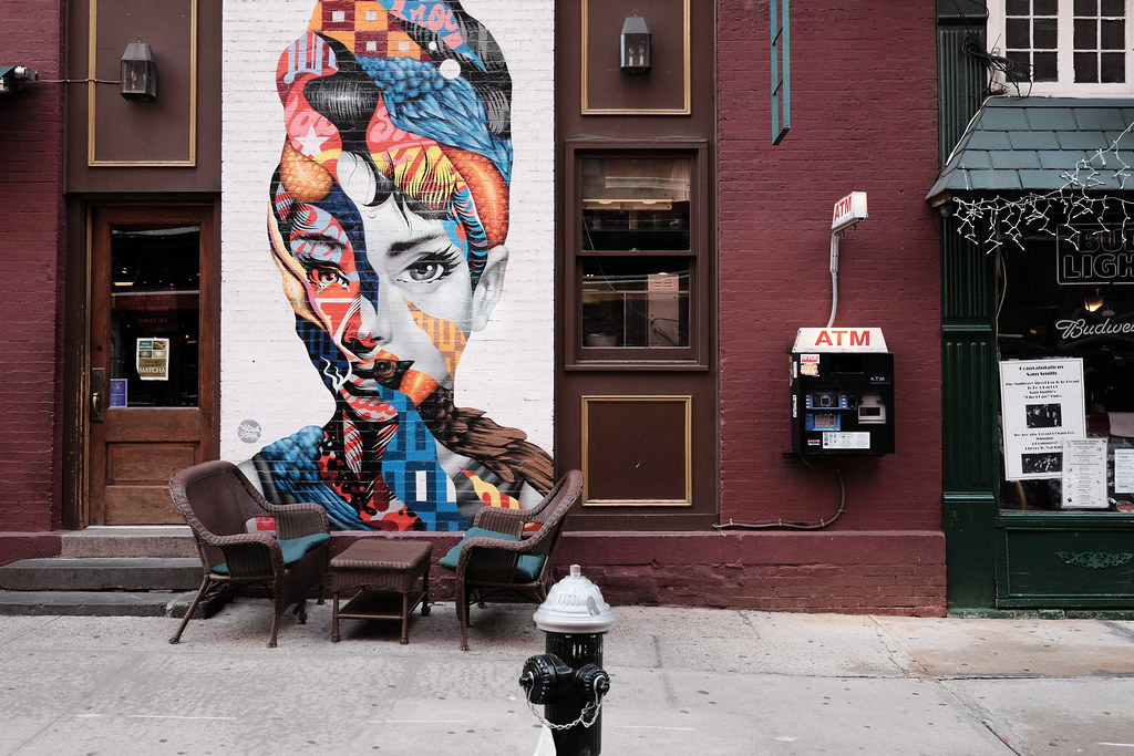 The world 39 s best photos by zach k flickr hive mind for Audrey hepburn mural soho