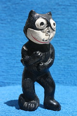 Celluloid Felix The Cat (1920's) (Donald Deveau) Tags: felixthecat vintagetoy cat toys toyphotography cartoon animation celluloid