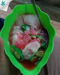 Panas banget hari ini, bikin mimin melipir ngadem dulu deh sama es pisang ijo 😍🍧🍨. #espisangijo #palubutung #kuliner #culinary #instafood #foodstreet #jajanan #kakilima #serang #alunalunserang #kotaserang #Banten #Indonesia (kotaserang) Tags: ifttt instagram panas banget hari ini bikin mimin melipir ngadem dulu deh sama es pisang ijo 😍🍧🍨 espisangijo palubutung kuliner culinary instafood foodstreet jajanan kakilima serang alunalunserang kotaserang banten indonesia httpkotaserangcom