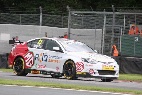 Daniel Lloyd in BTCC action at Oulton Park, May 2017