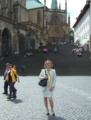 Erfurt cathedral (Marie-Christine.TV) Tags: feminine transvestite lady mariechristine erfurt cathedral domplatz skirtsuit secretary kostüm sekretärin