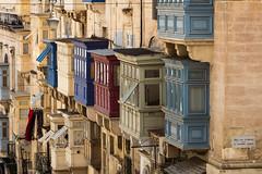 Valletta (Role Bigler) Tags: altstadt canoneos5dsr malta unescoword valetta worldheritagesites balcony balkon balkone building city color ef7020040lisusm fullformat fullframe limestone oldcity stadt weltkulturerbe balcon