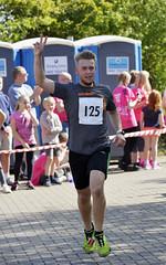 _NCO2182a (Nigel Otter) Tags: st clare hospice 10k charity run 9th april 2017 nikon d610