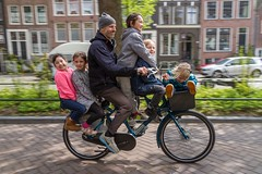 WorkCycle Fr8. Does your car even have 6 seats? (@WorkCycles) Tags: amsterdam bicycle bike cargobike fiets heavyduty kids kinderen transportfiets workcycles