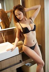 MT051 L-BaoBao49.jpg (CHINA时尚性感秀人模特) Tags: 性感 诱惑 酥胸 尤物 女神 写真 私房 李宝宝