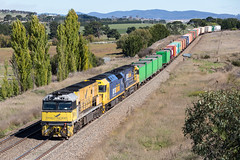 2017-04-14 Pacific National NR18-AN4-NR64 South Goulburn 6MW2 2 (deanoj305) Tags: goulburn newsouthwales australia au pacific national 6mw2 nr18 an4 nr64 south nsw main line steel link container train locomotive indian