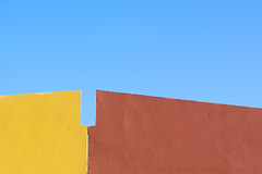Yellow, brown and blue (Jan van der Wolf) Tags: map167310vv roof dak wall muur yellow geel brown bruin blue blauw minimalism minimalistic minimalisme grancanaria crucedearinaga abstract composition compositie