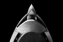 Spaceship (pajavi69) Tags: arquitectura valencia luz light dawn architecture trip nikon d7100 1224 arte art blancoynegro bn monocromático edificio building city ciudad blackandwhite bw abstracto diagonal líneas minimalismo textura fondonegro geometría simetría surrealista silueta curva serenidad columna