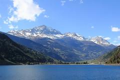 Lago di Poschiavo, Svizzera (alexgiordano965) Tags: reflex canon photo suisse bernina ghiacciaio treno trenino rosso tirano poschiavo saint moritz unesco train red lake lago
