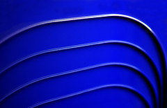 Blue Bossa (Bernd Kretzer) Tags: blaue linien blue lines abstrakt abstract stühle chairs nikon afs dx nikkor 35mm f18 g