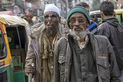 INDIA8324/ C'est la vie................ (Glenn Losack, M.D.) Tags: india beggars burned deformed handicapped olddelhi poverty alms jummah