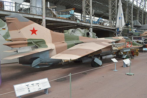 Mikoyan-Gurevich MiG-23BN '23 red'