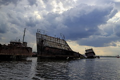 The Tiny Ship Was Tossed (95wombat) Tags: abandoned decay rotted tattered crusty rusty marinegraveyard arthurkill statenisland newyork