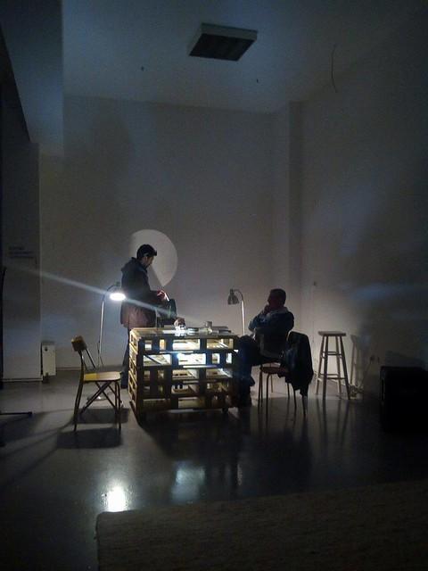 Παρουσίαση: Ένα με τη σκόνη