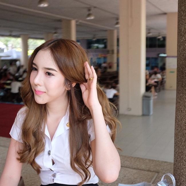 Vẻ đẹp khó cưỡng của những bóng hồng chuyển giới trong đợt tuyển nghĩa vụ quân sự Thái Lan - Ảnh 19.
