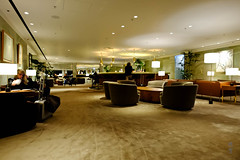 Seating around the bar (A. Wee) Tags: cathaypacific thepier firstclass airport lounge hkg hongkong 国泰航空 香港 机场 中国 china