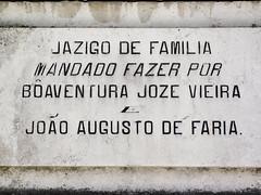 Lisboa (isoglosse) Tags: lisboa lissabon lisbon portugal cemitériodosprazeres sansserif serif grab tomb jazigo