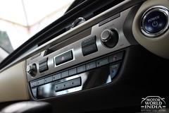 Lexus-ES-300h-Interiors (11)