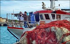 """Il """"bucato"""" del pescatore (robertar.) Tags: livorno toscana tuscany pescatore porto reti pannistesi"""
