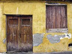 Fachada de Garachico (John LaMotte) Tags: fachada puerta porta door deterioro decayed garachico tenerife infinitexposure islascanarias