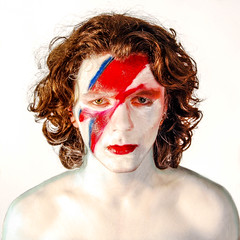 Ziggy (?RUIAM) Tags: portrait davidbowie bowie aladdin sane imitation ziggy lightningbolt ziggystardust aladdinsane