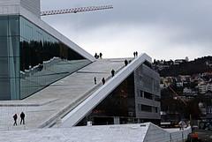 Opera House, south slope (overthemoon) Tags: snøhetta operahuset granite carraramarble aluminium architecture white glass people slopes roof norway oslo operahouse