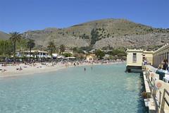 Mondello: 1° maggio al mare (costagar51) Tags: mondello palermo sicilia sicily italia italy anticando panoramafotográfico