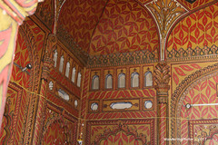 Interior decoration - Tipu Sultan's Tomb & Mausoleum - Gumbaz Srirangapatna Mysore Kanataka India (WanderingPJB) Tags: india karnataka mysore tipusultan tomb mausoleum gumbaz srirangapatna interior decoration colourfulworld cmwdorange