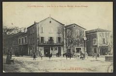 Tulette (Drôme) - Côté Est de la Place du Marché - Route d'Orange (Médiathèques Valence Romans agglomération) Tags: tulette place charrette