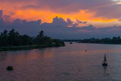 Sunset in Hoi An (kimtetsu) Tags: tphộian quảngnam ベトナム vn hoian ホイアン sunset 夕日 夕陽 川 river vietnam