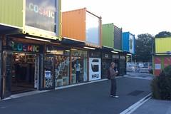 Mitten im ehemals provisorischen Container-Stadtzentrum von Christchurch. Aufgebaut nach dem Erdbeben als Übergang, inzwischen super beliebt.