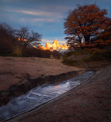 Little mirror (Aurélien BERNARD) Tags: patagonie fitz roy automne autumn fall ice reflction mirror little